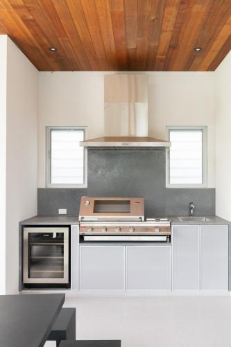 Cabarita Outdoor Kitchen 1