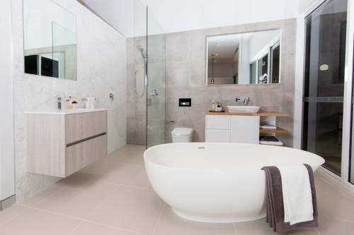 Showroom Bathroom 1