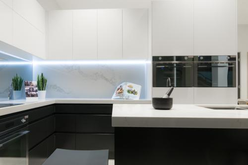 Showroom Kitchen 7