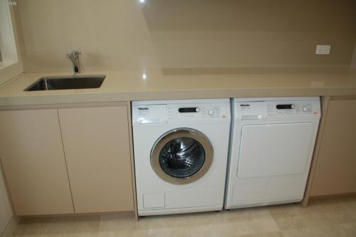 Sylvania Laundry 1